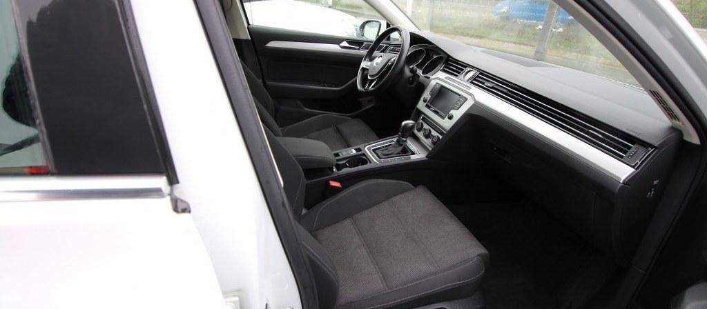 ikinci el araba 2016 Volkswagen Passat 1.6 TDi BlueMotion Comfortline Dizel Otomatik 89420 KM 2
