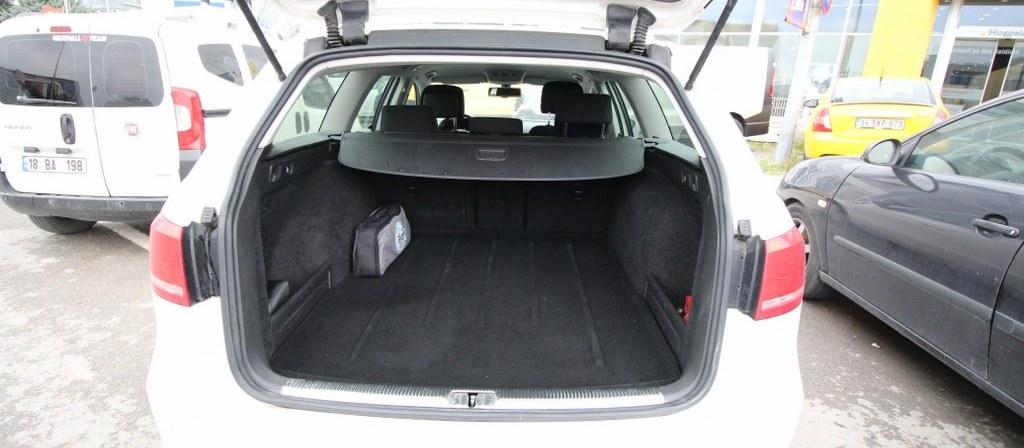 ikinci el araba 2012 Volkswagen Passat Variant 1.4 TSi BlueMotion Comfortline Benzin Manuel 66675 KM 9
