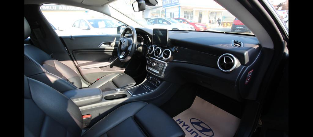 ikinci el araba 2016 Mercedes - Benz CLA 180 D Comfort Dizel Otomatik 24000 KM 8