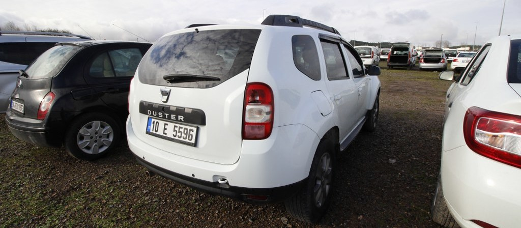 ikinci el araba 2015 Dacia Duster 1.5 dCi Laureate Dizel Manuel 95000 KM 5