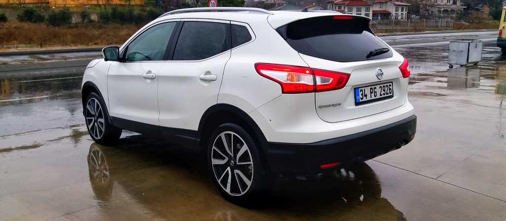 ikinci el araba 2015 Nissan Qashqai 1.6 dCi Platinum Premium Pack Dizel Otomatik 29900 KM 3