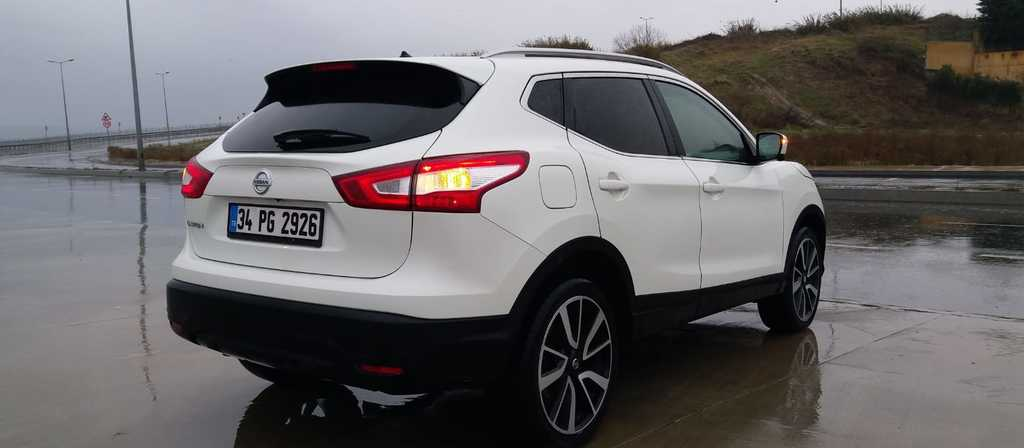 ikinci el araba 2015 Nissan Qashqai 1.6 dCi Platinum Premium Pack Dizel Otomatik 29900 KM 4