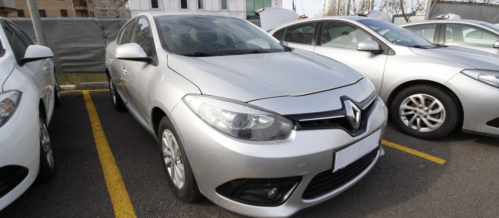 ikinci el araba 2014 Renault Fluence 1.5 dCi Touch Plus Dizel Otomatik 111000 KM 4