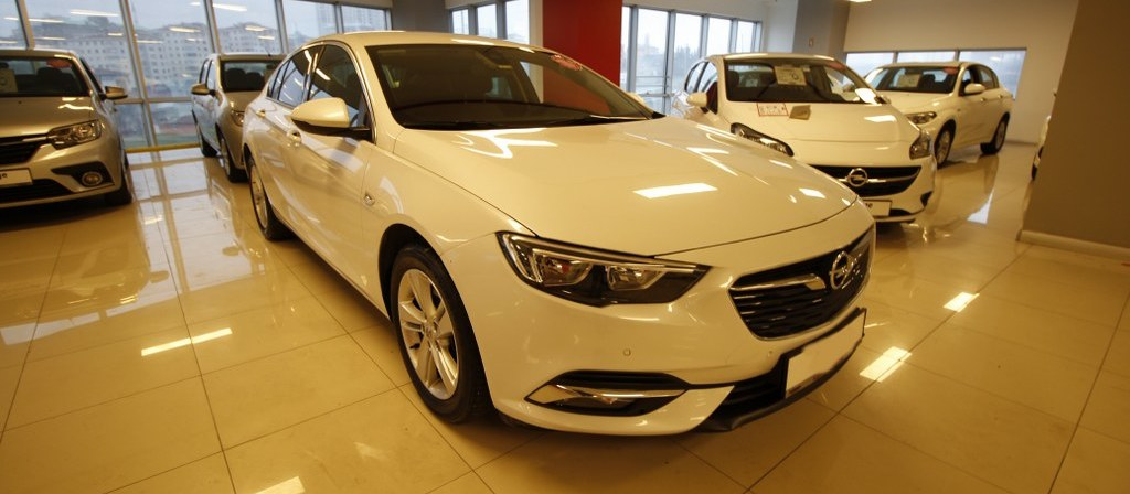 ikinci el araba 2017 Opel Insignia 1.6 CDTI  Grand Sport Design Dizel Otomatik 43000 KM 2