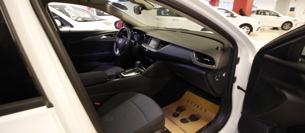 ikinci el araba 2017 Opel Insignia 1.6 CDTI  Grand Sport Design Dizel Otomatik 43000 KM 0
