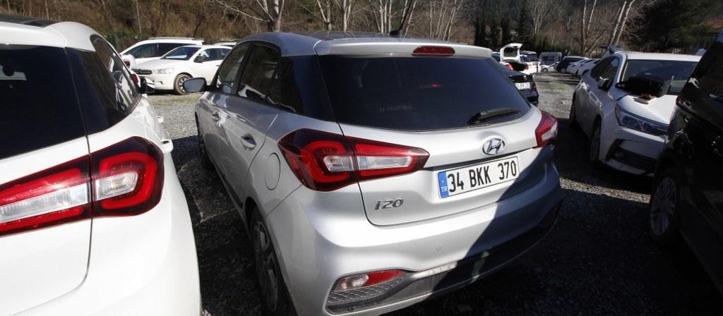 ikinci el araba 2018 Hyundai i20 1.4 MPI Elite Benzin Otomatik 17750 KM 1