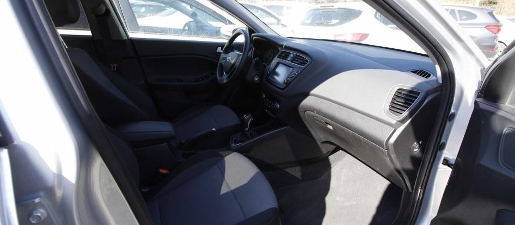 ikinci el araba 2018 Hyundai i20 1.4 MPI Elite Benzin Otomatik 17750 KM 2