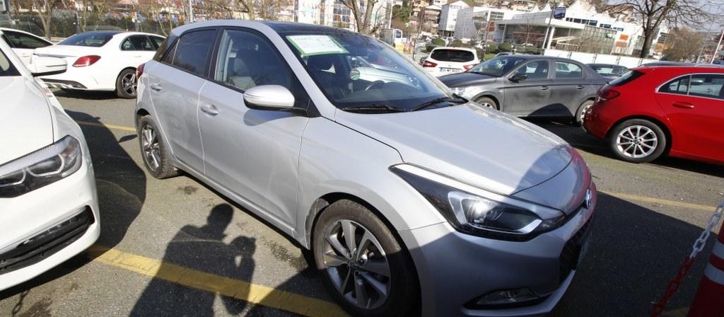 ikinci el araba 2017 Hyundai i20 1.4 MPI Style Benzin Otomatik 56840 KM 0