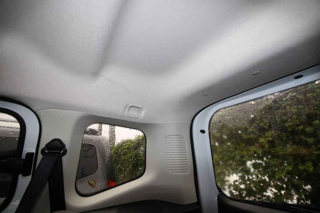 bibip - satılık ikinci el araba - 2018 Ford Tourneo Courier 1.5 Tdci Titanium Dizel Manuel 15706 KM