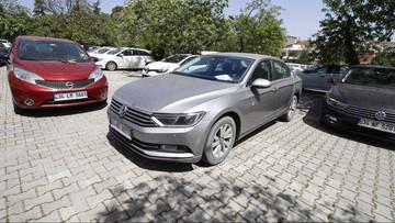 sahibinden satılık araba 2015 Volkswagen Passat 1.6 TDi BlueMotion Trendline Dizel Otomatik 126000 KM