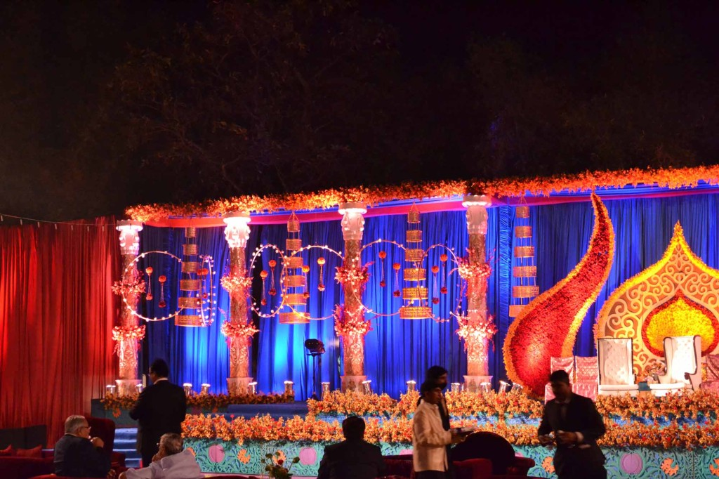 Indian Wedding Photos | Stage for the musical evening