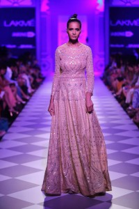 Day 3-Show 8- Taj Mahal Tea presents Anita Dongre - Facebook21