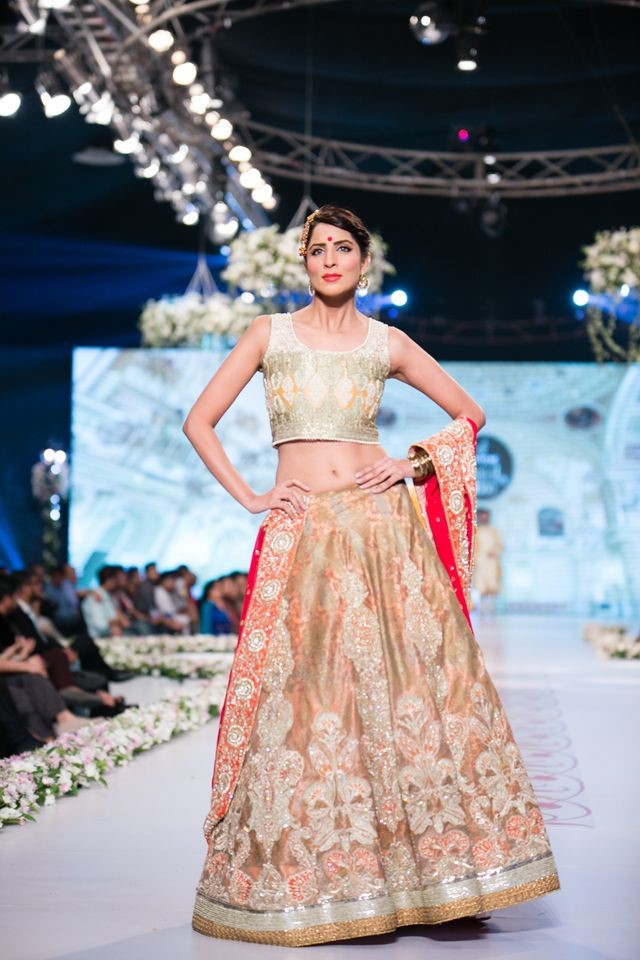 Deepak Perwani - Bridal Lehenga