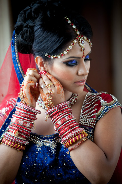 Indian bride getting ready photo by Monir Ali