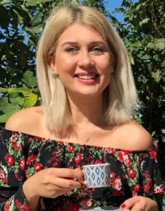 Ada Balcı reader of Coffee Cup, Astrology