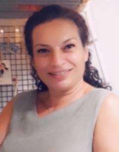 Almira Acar Kahve Falı, Tarot Falı yorumcusu