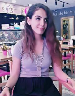Yasmin Hanım reader of Live