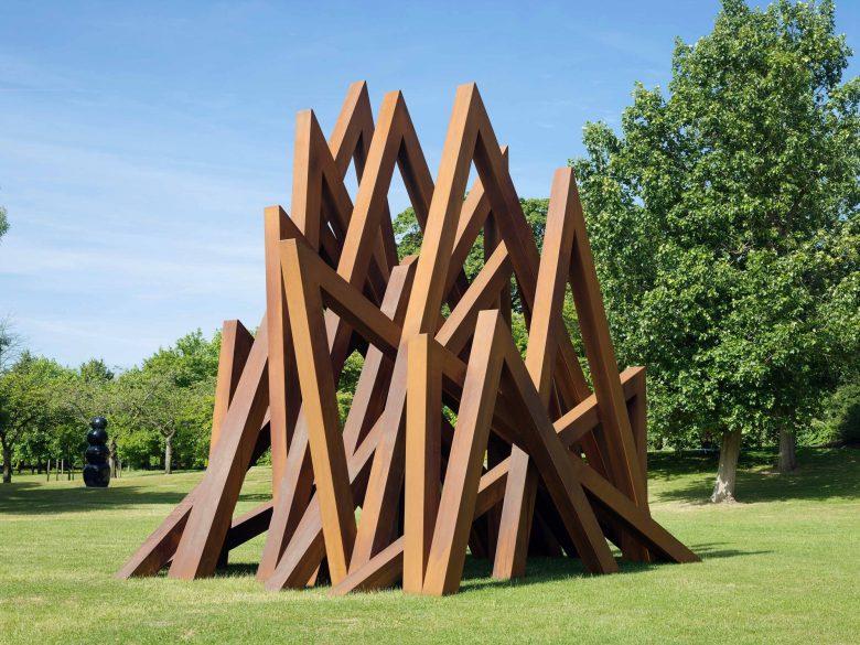 Bernar Venet at Frieze Sculpture 2017