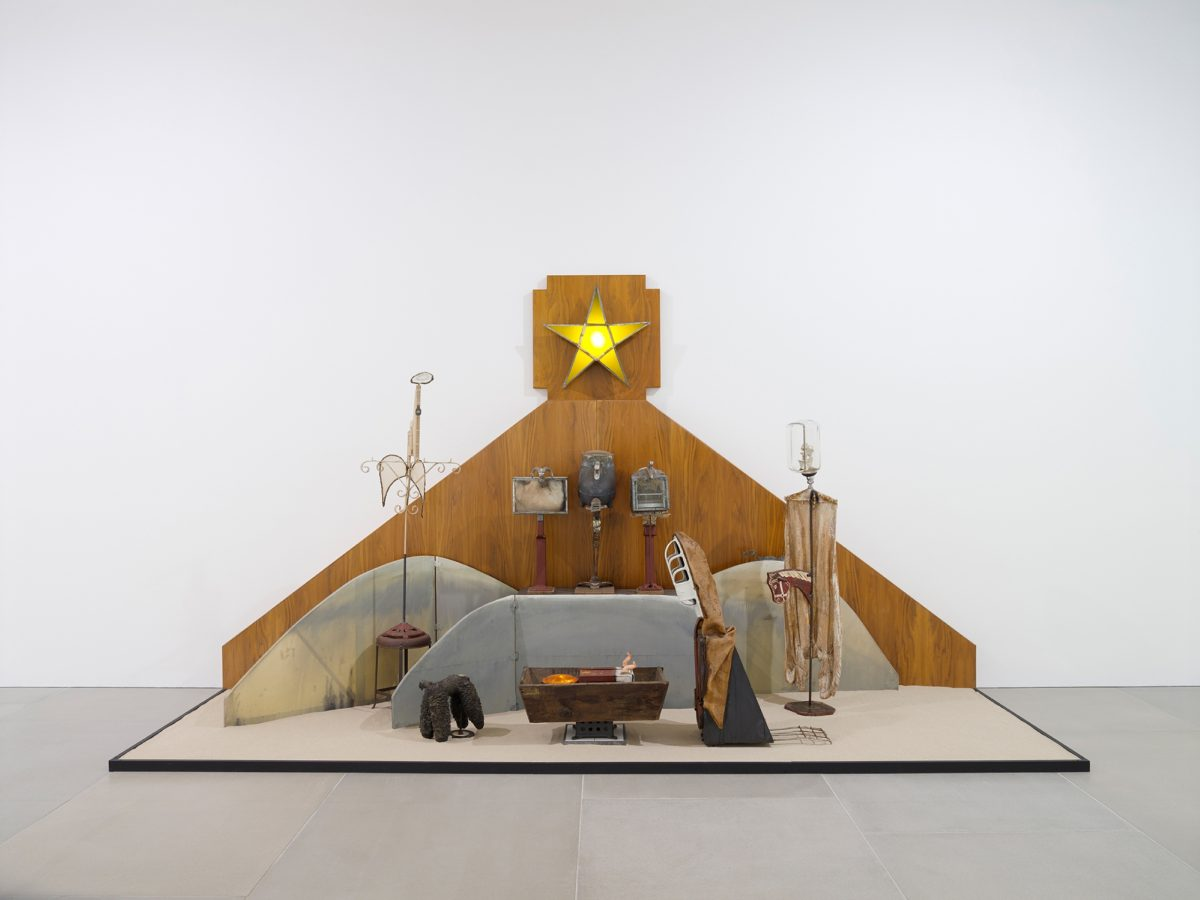 Edward Kienholz America My Hometown Installation View 2018 Courtesy Kienholz Studio And Blain Southern Photo Peter Mallet 2