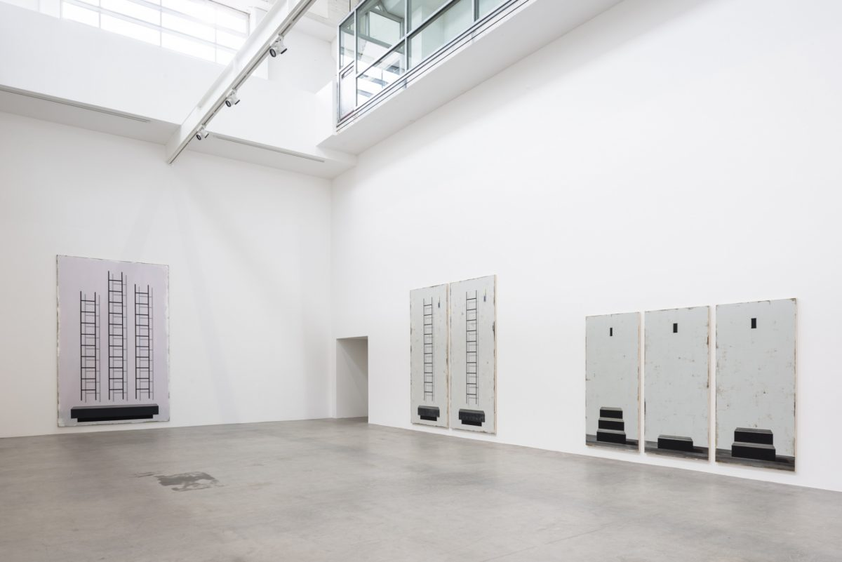 Michael Simpson, Squint, 2017, Installation view, Courtesy the artist and BlainSouthern, Photo Wolfgang Stahr  1