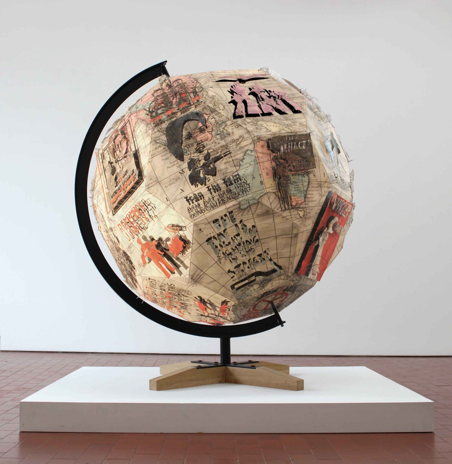 Revolution Globe III