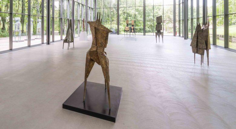 Lynn Chadwick - Sculptures