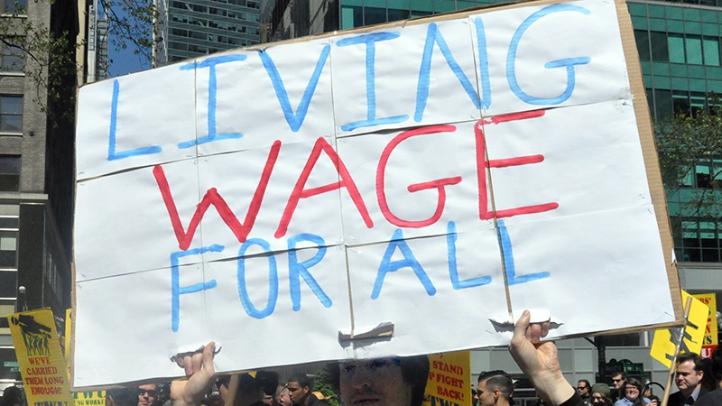 "should the federal minimum wage be increased"" essay"