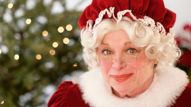 How Santa took the reins on our Muddy Matches first date | #DatingSanta