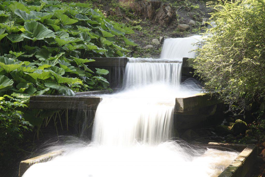 Wasserfall fotografiert mit ND4, Blende 16, Belichtungszeit 0,6 s