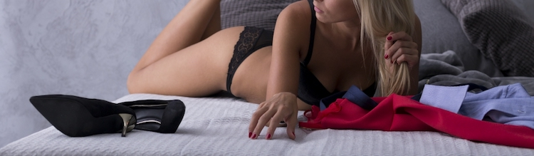 Top 10 Last Minute Bedroom Demands from Women