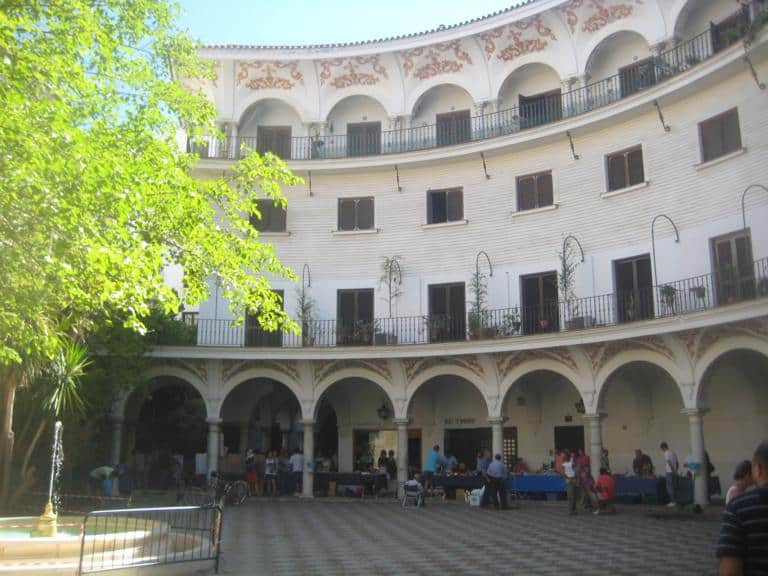 El mercadillo numismático de Sevilla