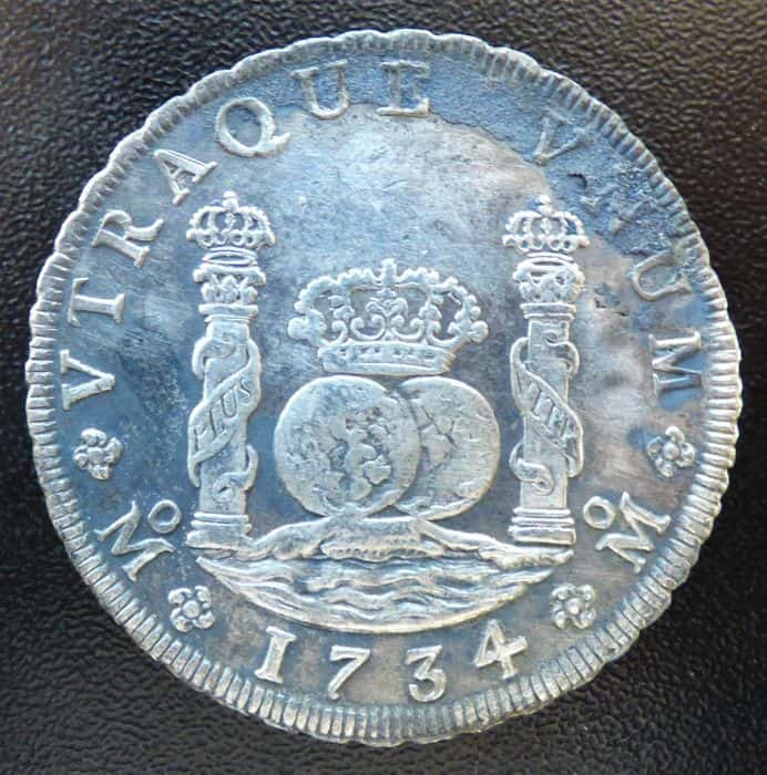 8 reales 1734