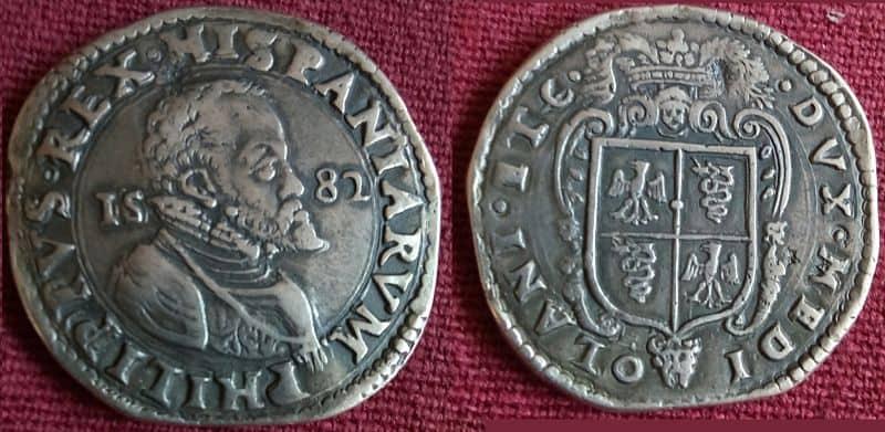 Un ducatón de Milán falso
