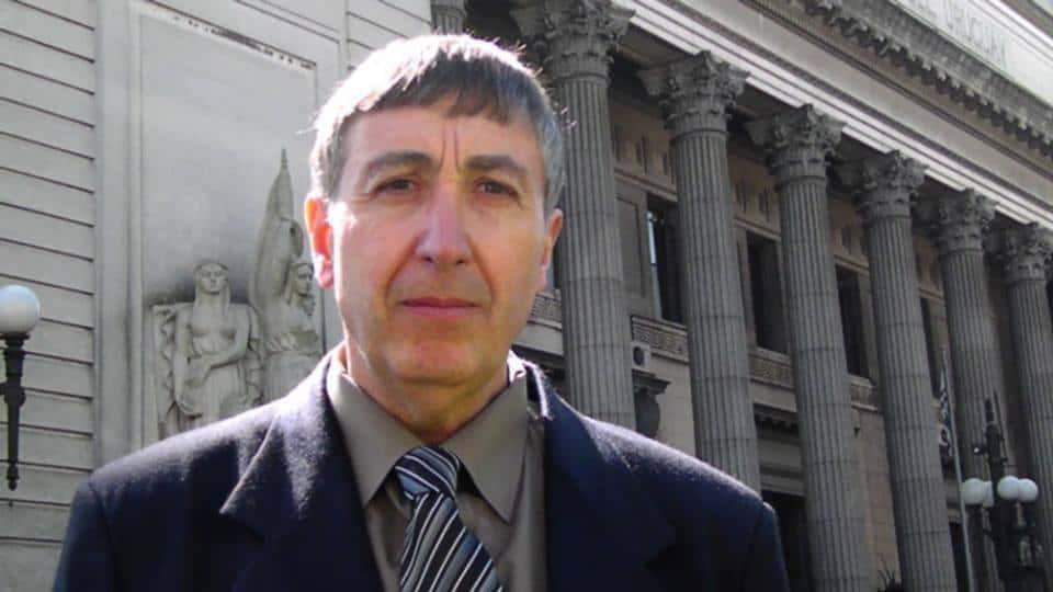 Entrevista a Javier Avilleira