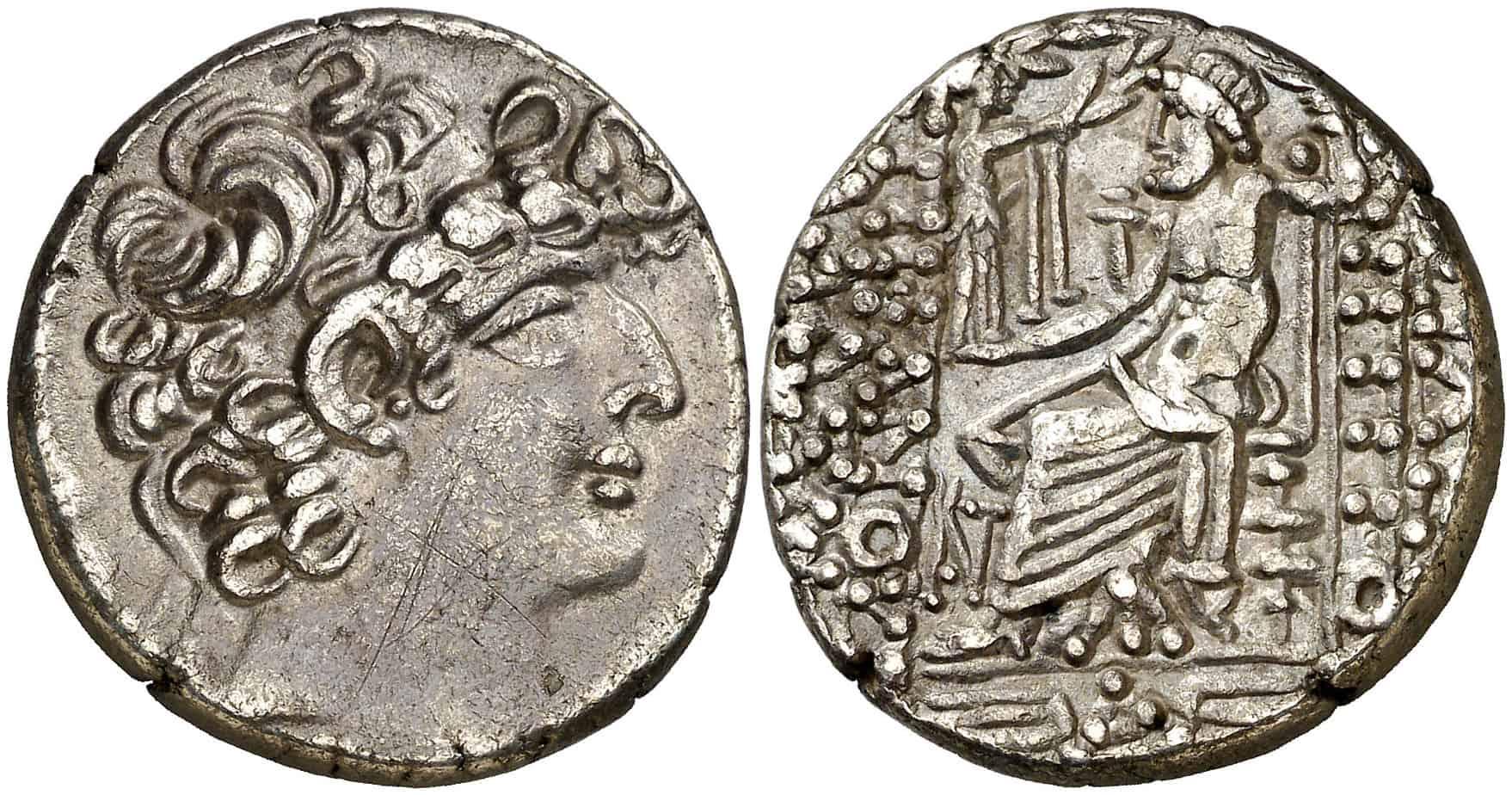 """Tetradracma """"siclo"""" de Antioquía, acuñados en Tiro a nombre de Filadelfos"""