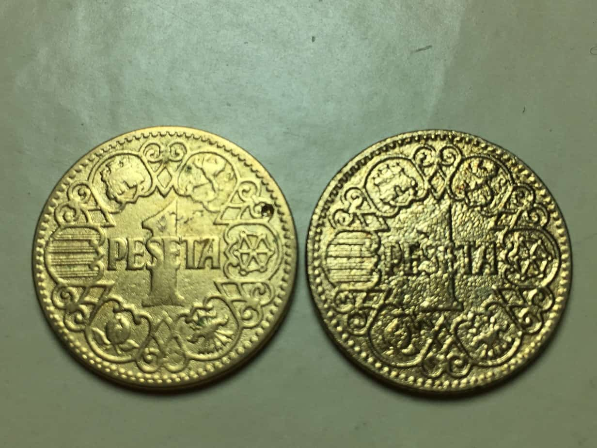 Monedas limpiadas con chorro de arena