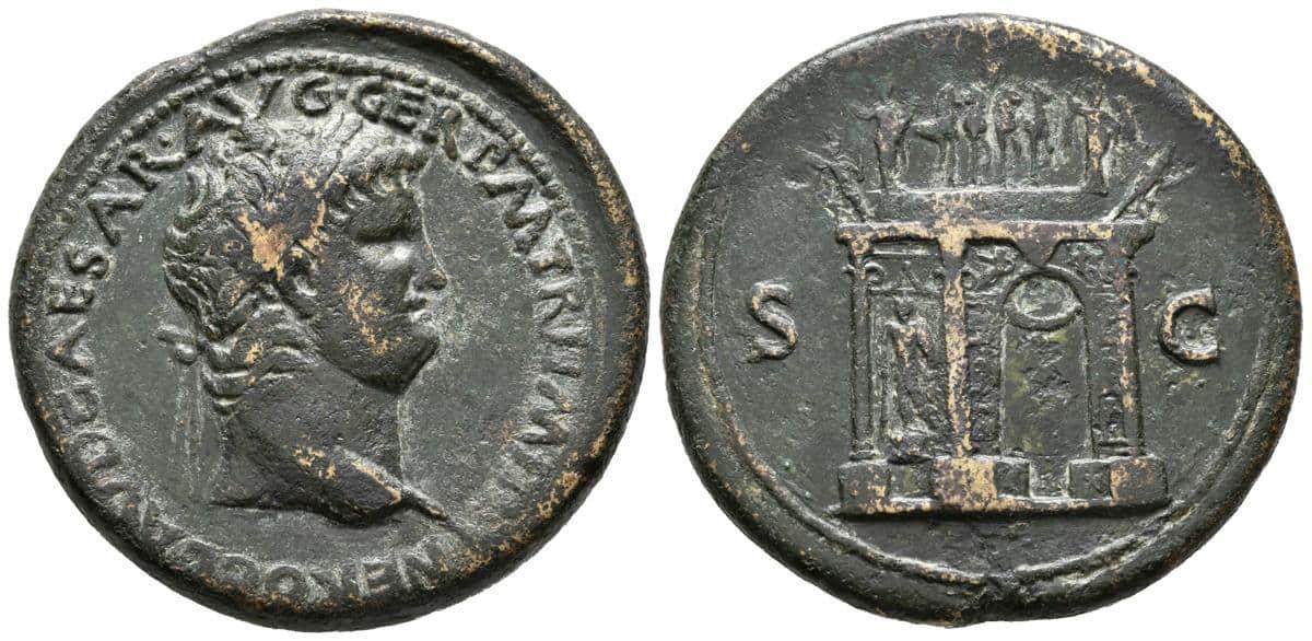 Sestercio de Nerón representando el Arcus Neronis