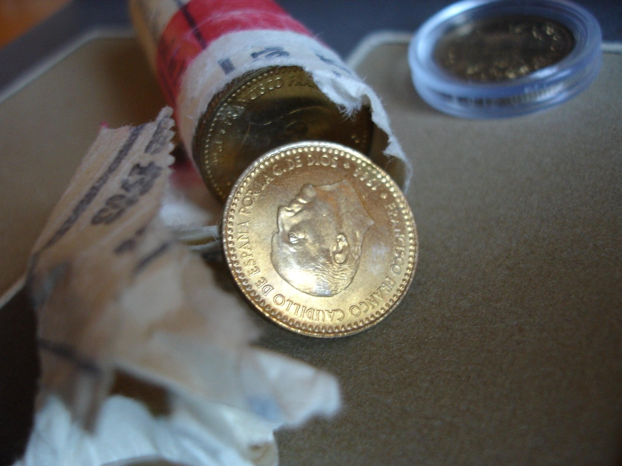 Poniéndose exquisitos con las monedas de Franco