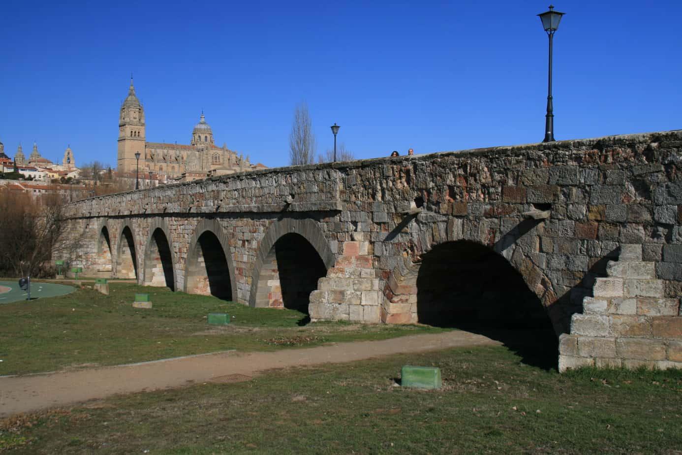El puente romano de Salamanca en la numismática