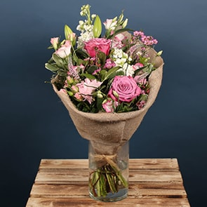 A wonderful, vintage bouquet filled with Roses, Lisianthus and other gorgeous seasonal flowers. This bouquet would make the perfect gift for a happy birthday or for a romantic occasion. The Roselind bouquet is available for flower delivery Dublin and flower delivery to anywhere in Ireland.