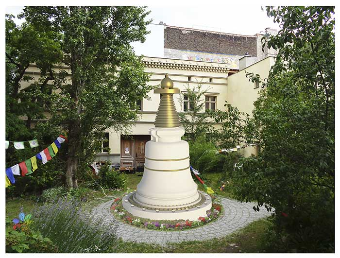 Picture of Berlin stupa