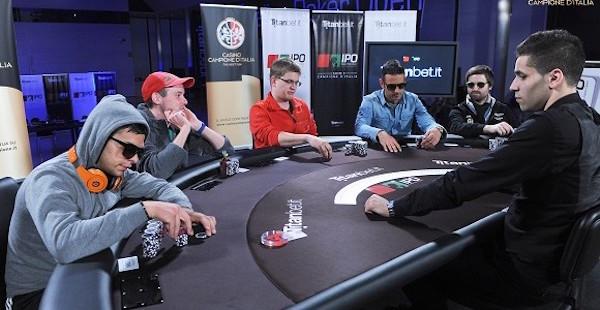 Casinò di Campione d'Italia 10° edizione Italian Poker Open IPO vinto dal ventuenne catanese Luigi Corselli con la somma di euro 180.000