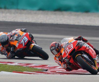 Marc Márquez y Álex Márquez en sus motos con válvulas neumáticas en MotoGP