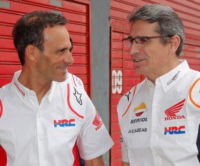 Alberto Puig hablando con Ramon Aurín