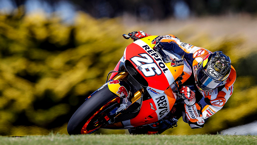 Why is Phillip Island one of the riders' favourite circuits?