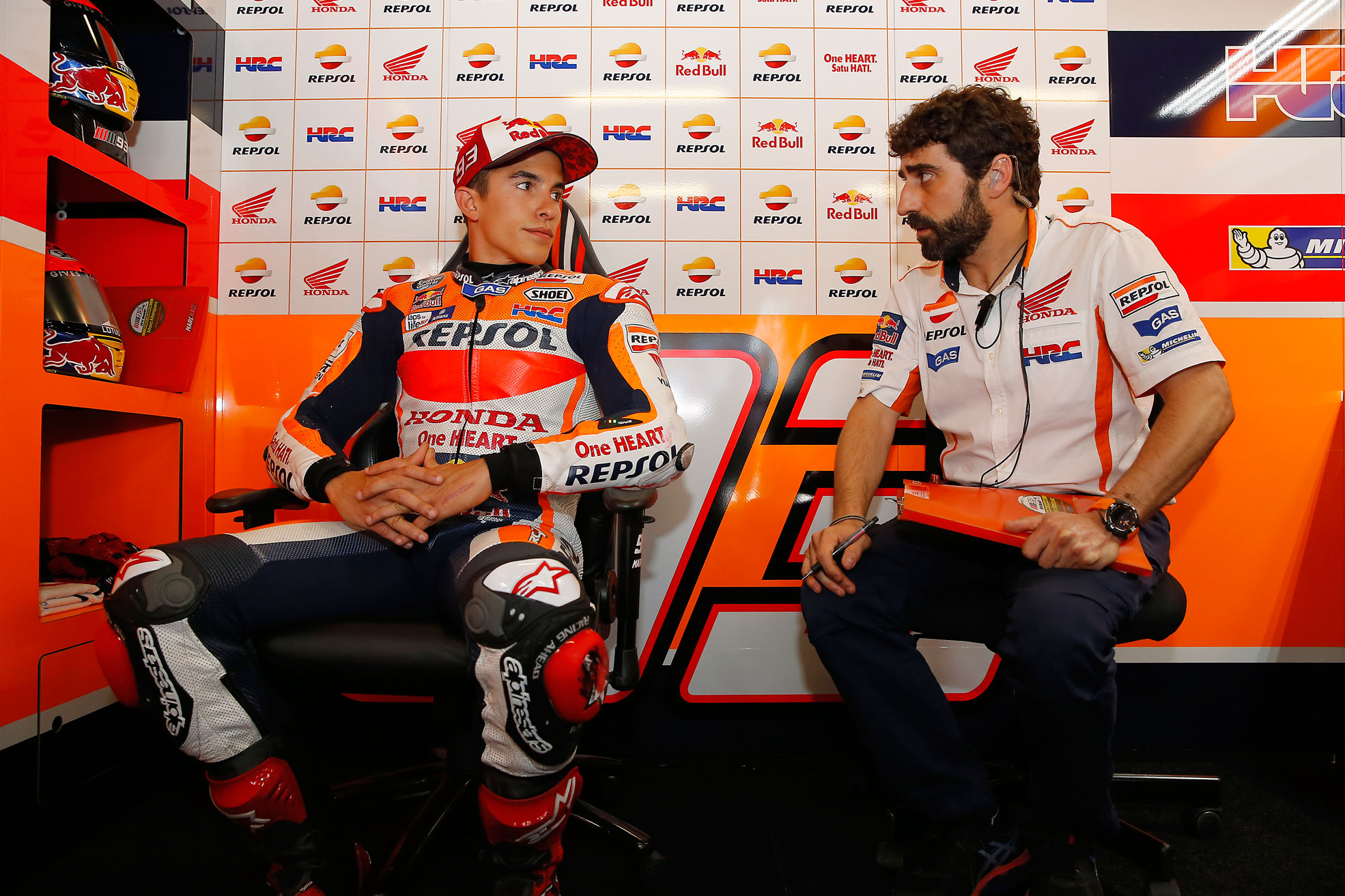 Marc Márquez and Santi Hernández at the box
