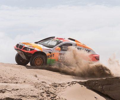 Isidre Esteve cumple su primer gran objetivo del Dakar
