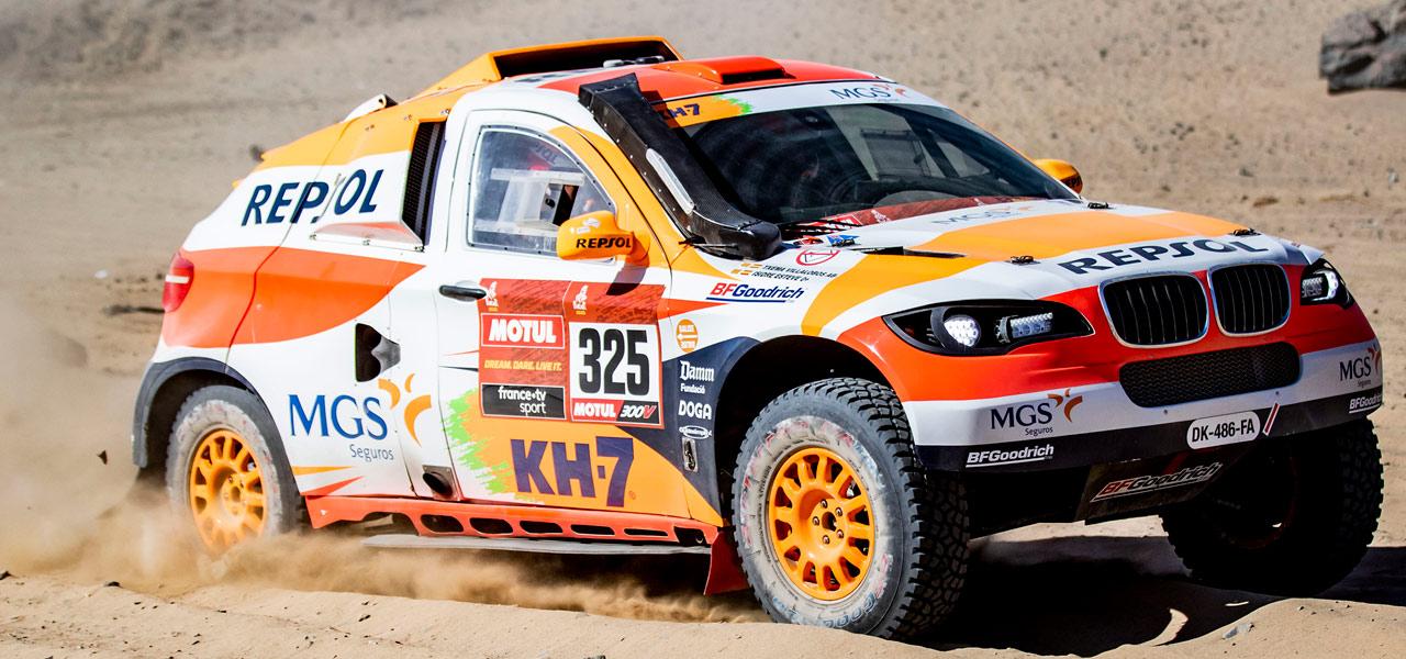 Dos pinchazos condicionan el debut de Isidre Esteve en el Dakar 2020
