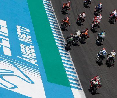 Circuito de Jerez salida de pilotos en moto