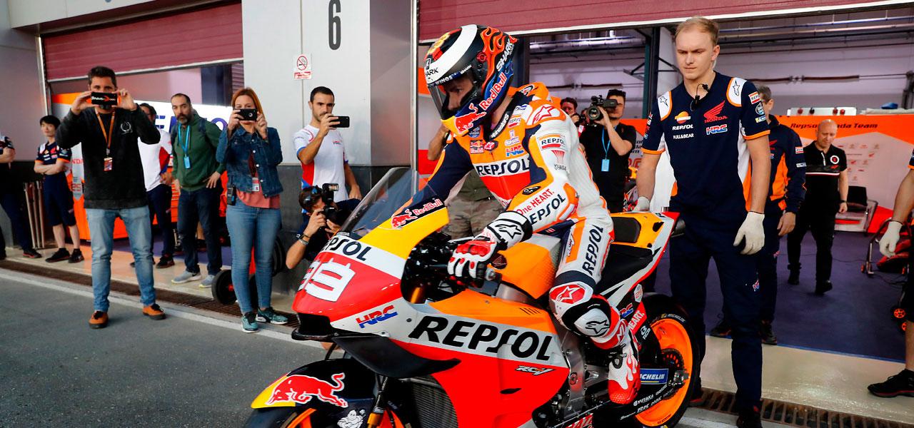 ¿Cómo funcionan las válvulas en el motor de una MotoGP?